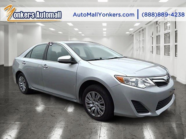 2012 Toyota Camry LE Classic Silver MetallicGray V4 25L Automatic 46966 miles 1 owner clean
