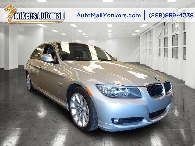 2011 BMW 3 Series 328i xDrive Titanium Silver MetallicBlack V6 30L Automatic 35172 miles  2-WA