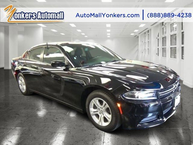 2015 Dodge Charger SE Phantom Black Tri-Coat PearlBlack V6 36 L Automatic 30115 miles 1 owner