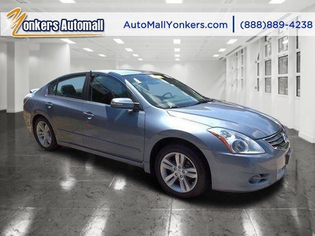 2012 Nissan Altima 35 SR Navy Blue MetallicCharcoal V6 35L Automatic 37553 miles Yonkers Aut