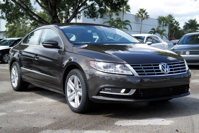 2017 Volkswagen CC 20T Sport Black Oak Brown MetallicBlack V4 20 L Automatic 17 miles The Vo