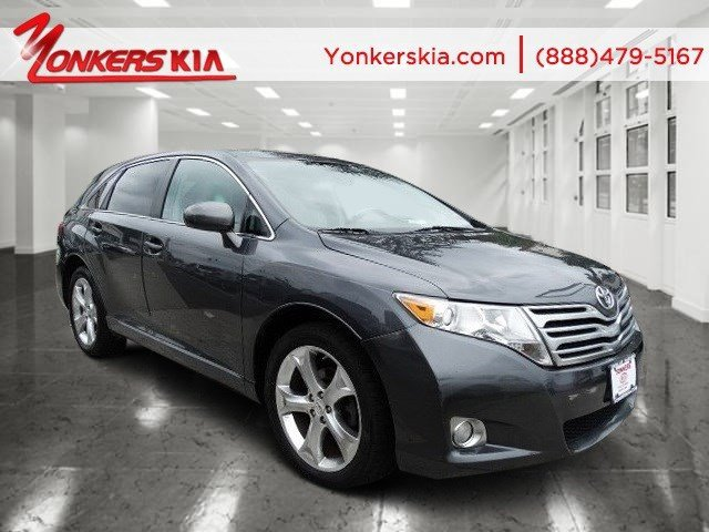 2009 Toyota Venza Magnetic Gray MetallicLight gray V4 27L Automatic 105798 miles AWD Yonker