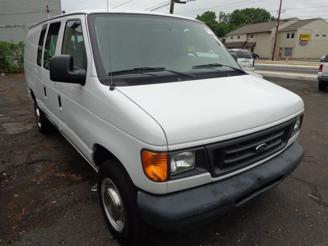 2003 Ford Econoline Cargo Van Oxford WhiteMedium Flint V8 54L Automatic 196133 miles  Rear Wh