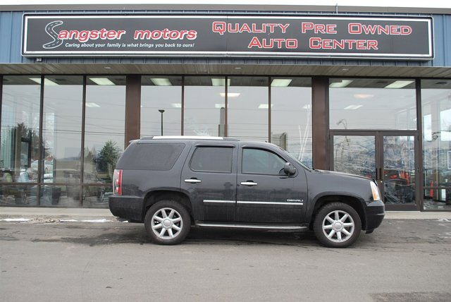 2012 GMC Yukon Denali Carbon V8 62L Automatic 73794 miles  Air Suspension  LockingLimited S