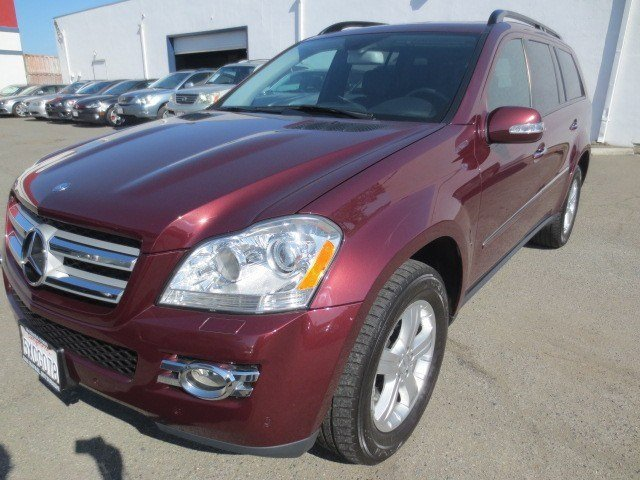 2007 Mercedes GL-Class GL450 4MATIC Barolo Red MetallicBlack V8 47L Automatic 85130 miles This