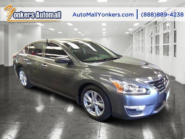 2014 Nissan Altima 25 SV Gun MetallicCharcoal V4 25 L Variable 31147 miles Solid and stately