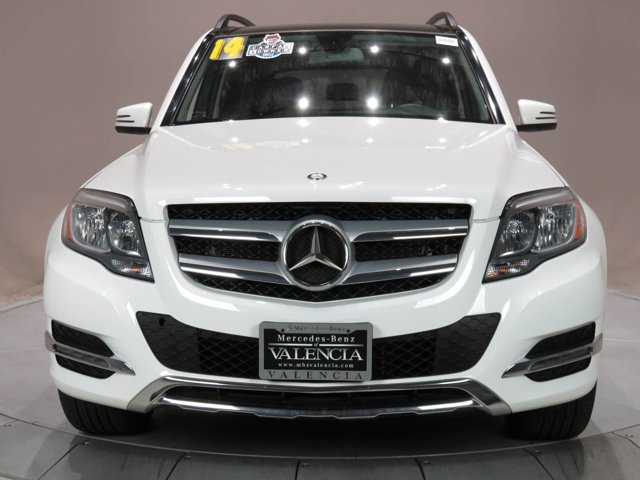 2014 Mercedes GLK-Class GLK 350 White V6 35 L Automatic 37276 miles CARFAX One-Owner Clean C