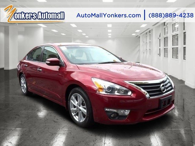 2014 Nissan Altima 25 S Cayenne Red MetallicCharcoal V4 25 L Automatic 38928 miles Yonkers A