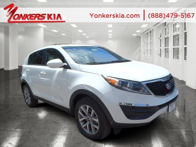 2014 Kia Sportage LX Clear WhiteBlack V4 24 L Automatic 15544 miles Yonkers Kia is the larges