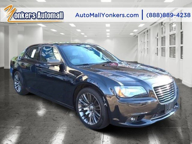 2013 Chrysler 300 300C John Varvatos Limited Editi Phantom Black Tri-Coat PearlBlack V6 36L Aut