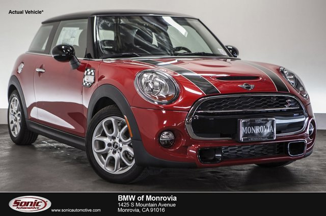 2015 MINI Cooper Hardtop S Blazing Red MetallicCarbon Black V4 20 L Automatic 0 miles  Turboc