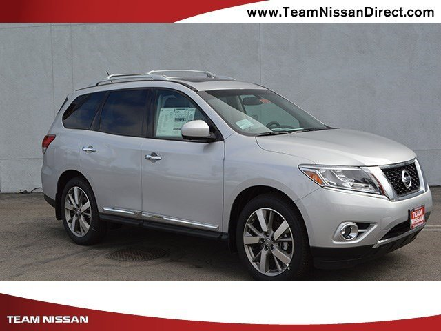 2017 Nissan Pathfinder SL Brilliant Silver MetallicCharcoal V6 35 L Variable 0 miles  Front W