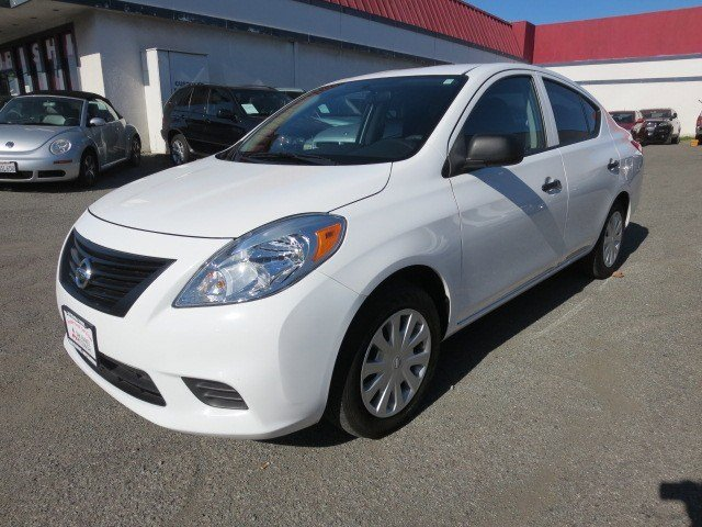 2012 Nissan Versa S Fresh PowderCharcoal V4 16L Automatic 53629 miles 1-OWNER Warranty Remain