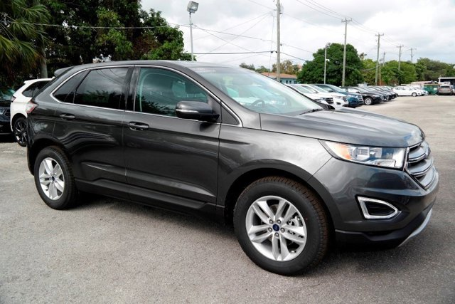 2017 Ford Edge SEL MagneticEbony V4 20 L Automatic 11837 miles In a class by itself Why pay