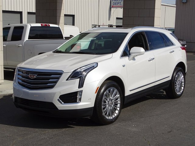 2017 Cadillac XT5 Premium Luxury FWD Crystal White TricoatJet Black V6 36L Automatic 0 miles