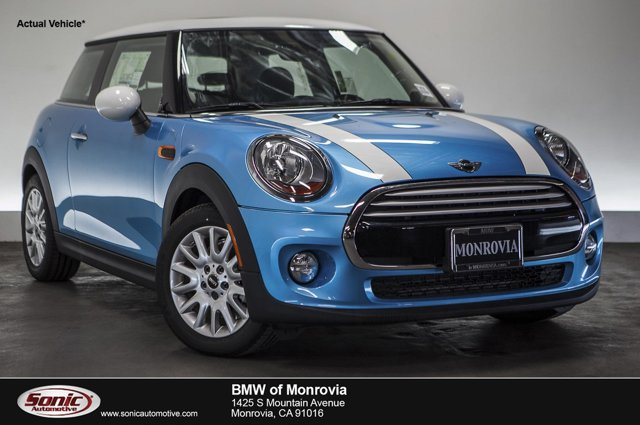 2015 MINI Cooper Hardtop 2dr HB Electric Blue MetallicCarbon Black V3 15 L Automatic 0 miles