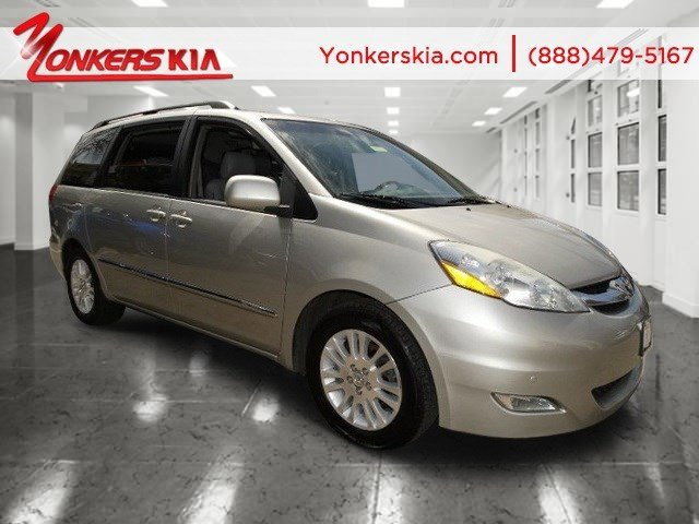 2007 Toyota Sienna XLE Ltd Silver Shadow PearlTaupe V6 35L Automatic 75335 miles 2007 Toyota