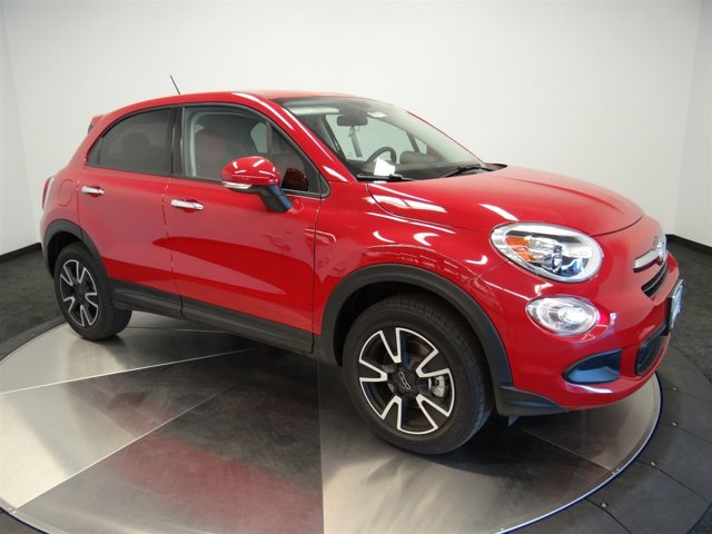 2016 FIAT 500X Easy RedBlack V4 24 L Automatic 98 miles  All Wheel Drive  Power Steering  A