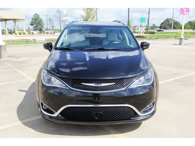 2020 Chrysler Pacifica Touring L Plus Brilliant Black Crystal PearlcoatBlackAlloy V6 36 L Autom