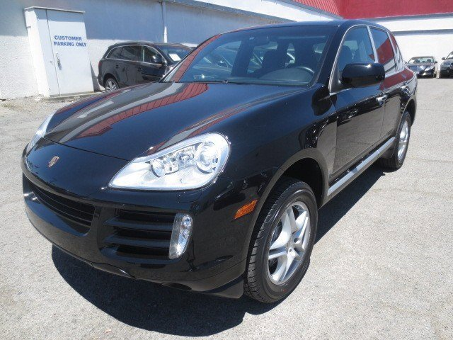 2009 Porsche Cayenne BlackBlack V6 36L Automatic 66122 miles This 2009 Porsche Cayenne is a 1-