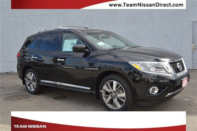 2017 Nissan Pathfinder Platinum Magnetic Black MetallicCharcoal V6 35 L Variable 0 miles  Fro