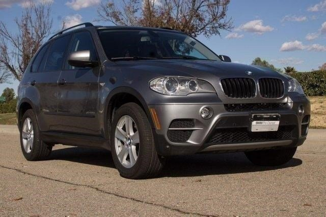 2012 BMW X5 35i Space Gray MetallicBlack V6 30L Automatic 53309 miles Clean BMW Certified O