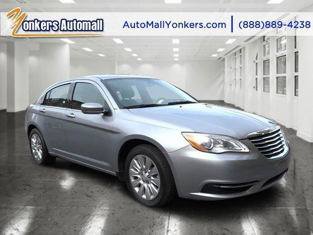 2014 Chrysler 200 LX Billet Silver Metallic ClearcoatBlack V4 24 L Automatic 40187 miles  BIL