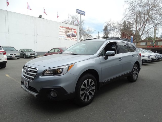 2016 Subaru Outback 25i Limited Ice Silver Metallic V4 25 L Variable 6800 miles  Smart Devic