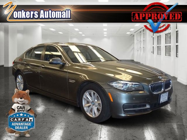 2014 BMW 5 Series 528i xDrive Space Gray MetallicBlack V4 20 L Automatic 46611 miles Racy yet