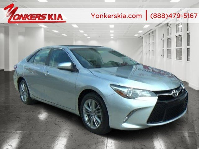 2015 Toyota Camry SE Celestial Silver MetallicBlack V4 25 L Automatic 42425 miles 1 owner cl