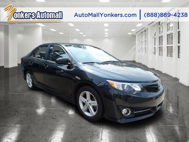 2014 Toyota Camry L Cosmic Gray MicaBlackAsh 2-Tone V4 25 L Automatic 43067 miles 1 owner c