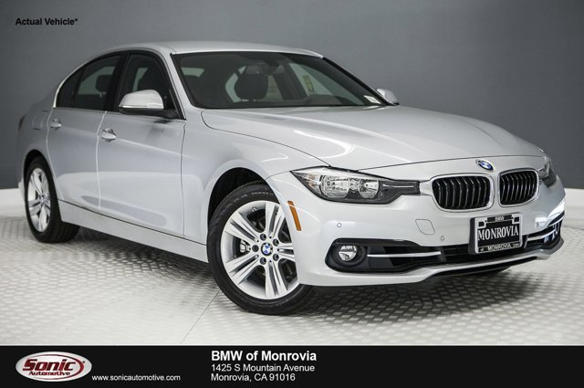 2017 BMW 3 Series 330i Glacier Silver MetallicBlack V4 20 L Automatic 0 miles This vehicle wo