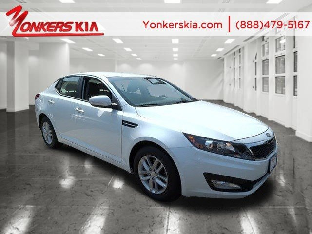 2013 Kia Optima LX Snow White PearlGray V4 24L Automatic 28733 miles 2013 KIA Optima LX with