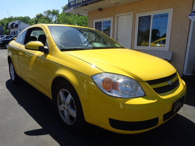 2006 Chevrolet Cobalt LT Rally YellowGray V4 22L Manual 92656 miles  Front Wheel Drive  Tires