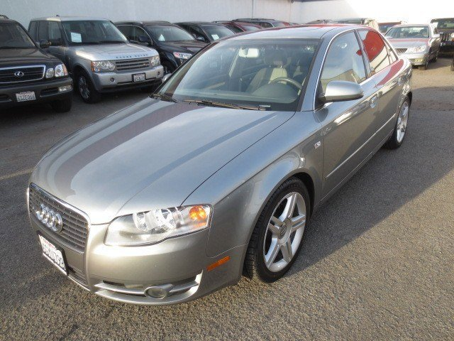 2007 Audi A4 20T Dophin Gray MetallicPlatinum V4 20L Automatic 63634 miles LOW MILES LOCAL T