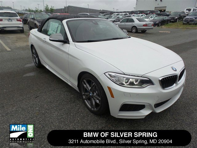 2016 BMW 2 Series M235i xDrive Mineral White MetallicTerra V6 30 L Automatic 0 miles Please c