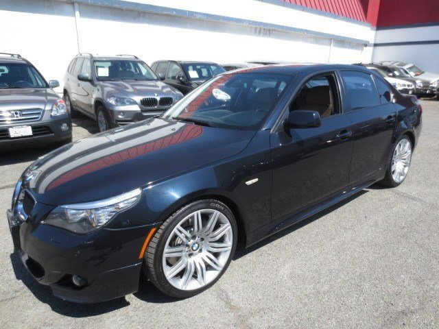 2008 BMW 5 Series 550i Black Sapphire MetallicNatural Brown V8 48L Automatic 77775 miles This