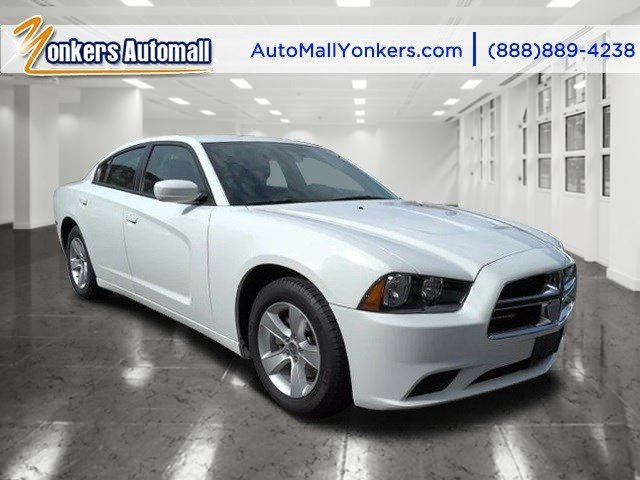 2014 Dodge Charger SE Bright White ClearcoatBlack V6 36 L Automatic 36042 miles Yonkers Auto