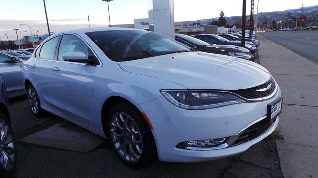 2016 Chrysler 200 C Bright White ClearcoatBlackDeep Mocha V6 36 L Automatic 14 miles  BRIGHT