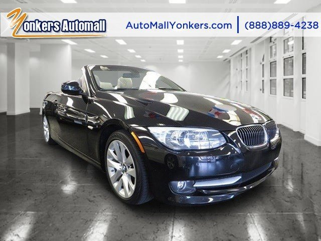 2011 BMW 3 Series 328i wNavigation Jet BlackCream Beige V6 30L Automatic 41373 miles Clean c