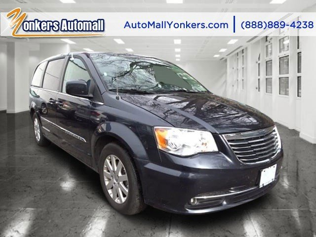 2013 Chrysler Town  Country Touring True Blue PearlBlack V6 36L Automatic 47418 miles 1 owner