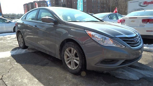 2013 Hyundai Sonata GLS Harbor Gray MetallicGray V4 24L Automatic 40082 miles 1 owner clean c