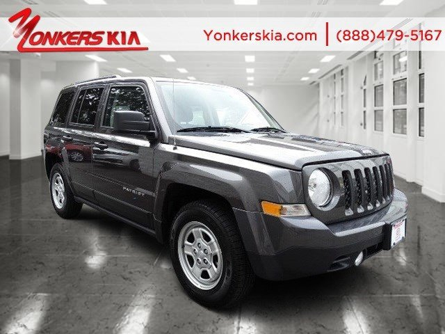 2015 Jeep Patriot Sport Maximum Steel Metallic ClearcoatDark Slate Gray V4 20 L Manual 11374 m
