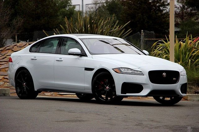 2016 Jaguar XF S GLACIER WHITEJet V6 30 L Automatic 1108 miles Boasts 30 Highway MPG and 20 C