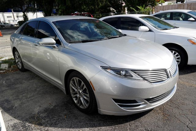 2013 Lincoln MKZ Ingot Silver MetallicCharcoal Black V6 37L Automatic 66085 miles GUARANTEED