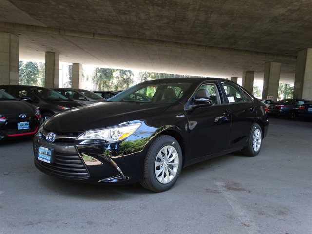 2016 Toyota Camry Hybrid LE Midnight Black Metallic V4 25 L Variable 0 miles  Front Wheel Dri