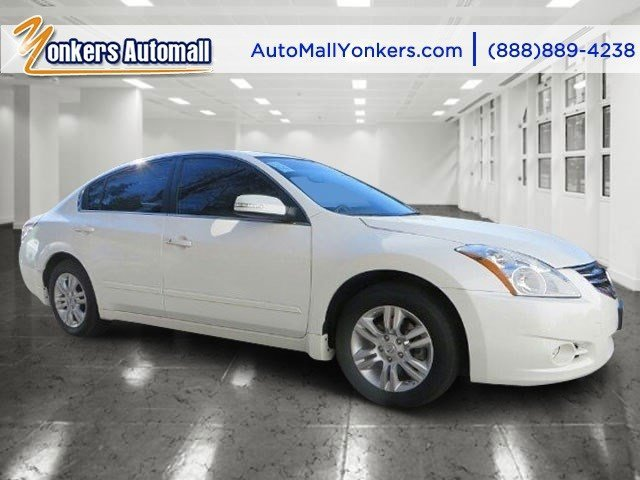 2012 Nissan Altima 25 SL Navy Blue MetallicCharcoal V4 25L Variable 41239 miles 1 owner clea