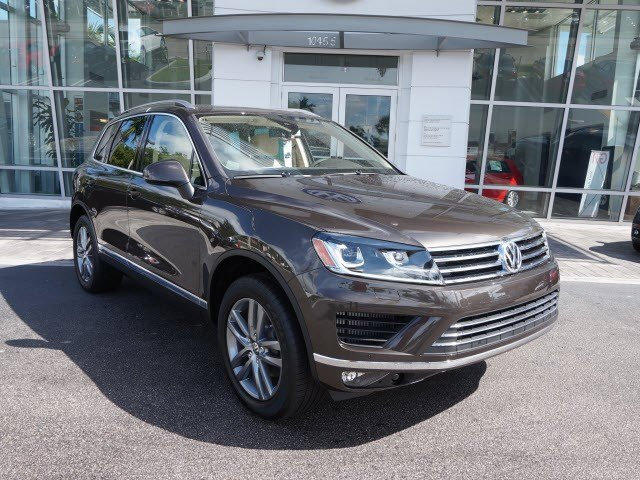 2016 Volkswagen Touareg Black Oak Brown MetallicJZ V6 30 L Automatic 4342 miles The Volkswage