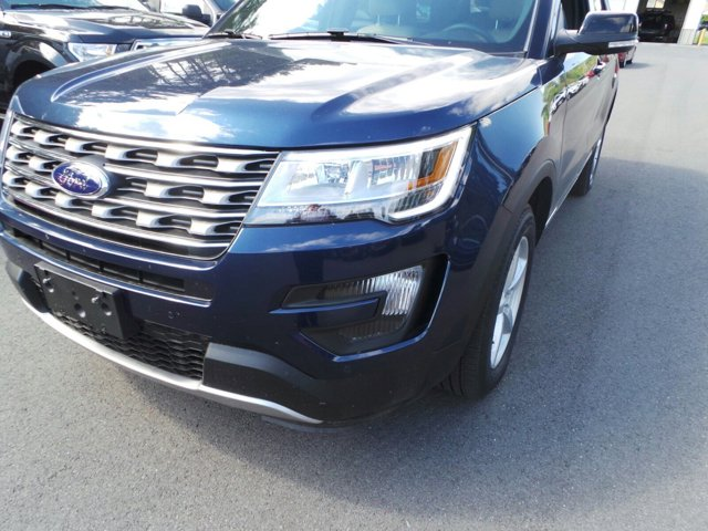 2016 Ford Explorer XLT  V6 35 L Automatic 0 miles The 2016 Explorer shines with sharp satin c