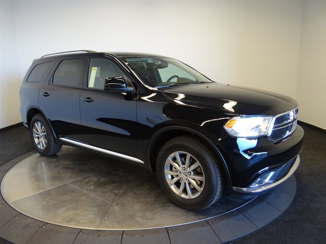 2017 Dodge Durango SXT DB Black Crystal ClearcoatK7X9 V6 36 L Automatic 7 miles How about thi